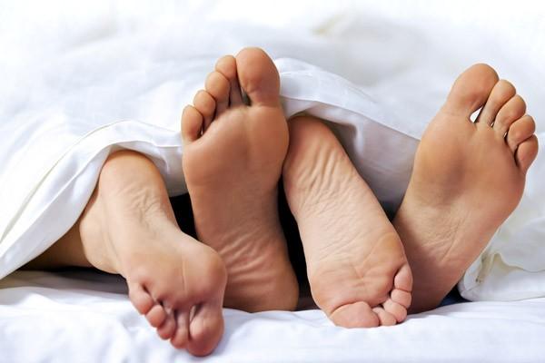 Những nguy hiểm tiềm ẩn khi quan hệ bằng miệng không an toàn