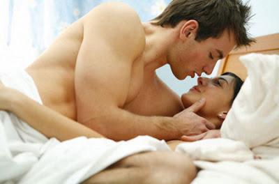 Chồng ngoại tình do không hòa hợp trong chuyện giường chiếu