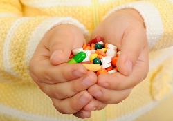 Cảnh báo nguy hiểm ở trẻ dùng nhiều thuốc kháng sinh