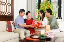 Bí quyết mua tặng quà dịp tết ý nghĩa cho người thân
