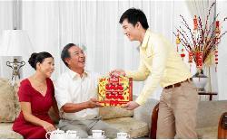Tư vấn mua quà tặng sếp nghỉ hưu chân thành ý nghĩa