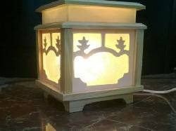 Đèn xông tinh dầu gỗ kính Silent Night (hộp vuông trắng)