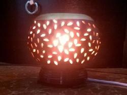 Đèn xông tinh dầu gốm điện nhỏ lá cách điệu Silent Night