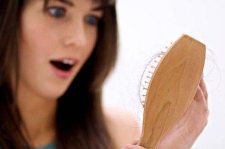 Nguyên nhân rụng tóc và cách chữa trị